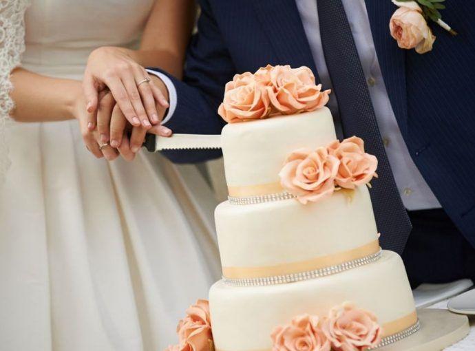 Il taglio della torta: come rendere magico questo momento